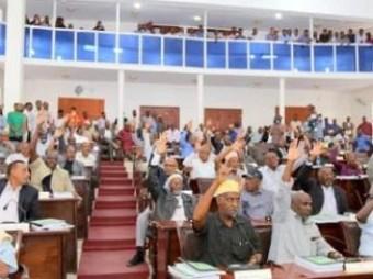 Golaha Wakiilada Somaliland Ayaa Celiyay Labadii Xubnood Ee Labada Xisbi Mucaarad+ Muuqaal