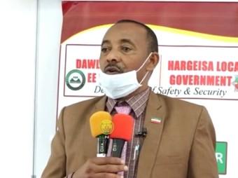 Wasiirku Xigeenka Arimaha Gudaha  Ayaa Tababar Usoo Xidhay Dufacdii 6-Aad Ee Ciidanka Dabdamidka Somaliland+ Muuqaal