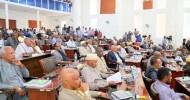 Daawo: Buuqii Ka Dhashay Mooshin Baarlamaanka Somaliland Saaka La Horgeeyey Oo Xildhibaanadda Beelaha Darafyadu Qaadaceen