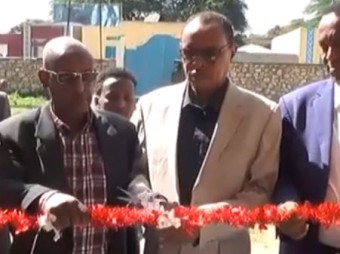 Gudoomiyaha Hay'ada Ka Hortaga Aafooyinka Dabiiciga Somaliland Oo Xadhiga Ka Jaray Xafiisyo Cusub