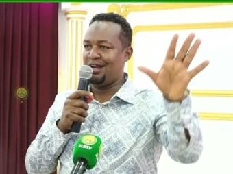 """"""" Waxaan Hambalyaybayaa Madaxweynaha Somaliland Furitaanka Ururada Siyaasada """" Ex.mayar Kuxigeen Cabdicasiis Cagawayne"""